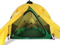 mj-390_294_a-mountaineer-worthy-tent-thats-simple-to-set-up