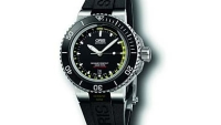 mj-390_294_a-watch-that-knows-depth