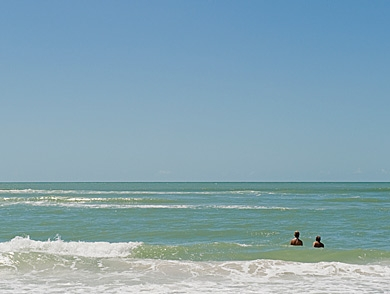 mj-390_294_americas-best-beaches-for-swimming