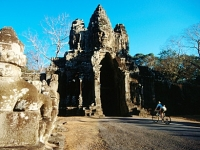 mj-390_294_biking-the-temples-of-angkor