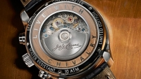 mj-390_294_bremont-holiday-tin