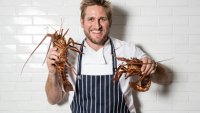 mj-390_294_chef-curtis-stones-guide-to-cooking-seafood