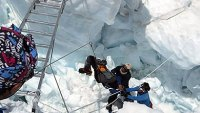 mj-390_294_ed-viesturs-what-went-wrong-on-everest