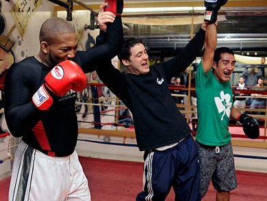 mj-390_294_fighting-to-survive-the-boston-bombers-gym