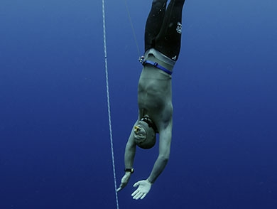 mj-390_294_free-diving-turns-fatal