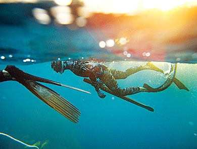 mj-390_294_freshwater-spearfishing-fishings-controversial-new-frontier
