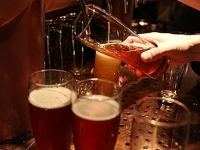 mj-390_294_getting-it-right-ordering-craft-beer-at-a-bar