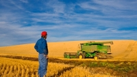 mj-390_294_how-the-farm-bill-will-make-u-s-food-safer-and-healthier