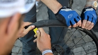 mj-390_294_how-to-fix-a-flat-bike-tire