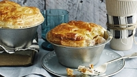 mj-390_294_how-to-make-a-perfect-pot-pie