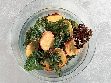 mj-390_294_how-to-make-perfectly-crisp-and-savory-kale-chips