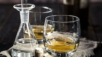 mj-390_294_how-to-make-whiskey-taste-even-better-just-add-water