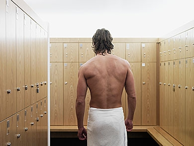 mj-390_294_how-to-not-get-mrsa-at-the-gym