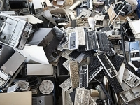 mj-390_294_how-to-sell-or-recycle-your-old-electronics