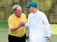 mj-390_294_jack-nicklaus-sinks-a-hole-in-one-during-masters-par-3-contest