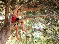 mj-390_294_laird-hamilton-my-life-is-an-obstacle-course