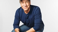 mj-390_294_mike-rowe-brings-back-the-blue-collar-hero