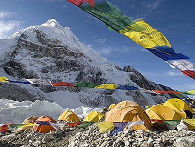mj-390_294_nepal-looks-to-restrict-climbing-on-everest-but-do-the-new-rules-make-sense