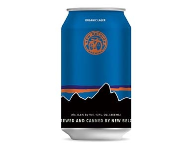 mj-390_294_patagonia-celebrates-mount-fitzroys-first-ascent-with-a-beer