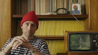 mj-390_294_philippe-cousteau-puts-on-his-red-cap-mimics-octopus