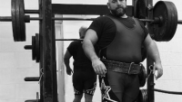 mj-390_294_problems-only-big-guys-have-at-the-gym