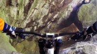 mj-390_294_red-bull-video-downhill-mtb-through-an-abandoned-mine
