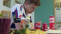 mj-390_294_reporter-tries-to-eat-as-many-calories-as-a-tour-de-france-rider-vomits