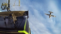 mj-390_294_see-how-the-furious-7-crew-dropped-its-cars-from-an-airplane