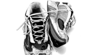 mj-390_294_swap-out-your-shoes-get-fewer-injuries