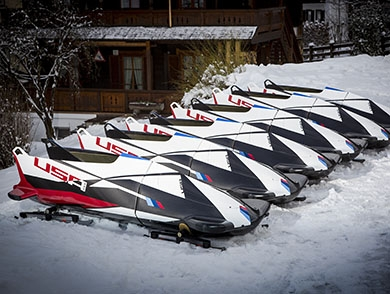 mj-390_294_team-usa-bets-on-bmw-with-bobsled