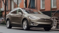 mj-390_294_tesla-model-x-first-drive-4-things-we-love