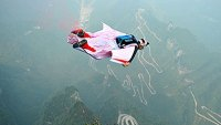 mj-390_294_the-15-greatest-moments-in-wingsuit-history