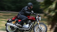 mj-390_294_the-affordable-and-fun-cafe-racer