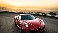 mj-390_294_the-affordable-italian-sports-car