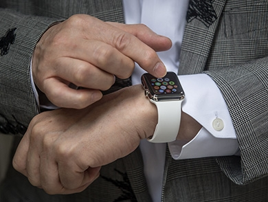mj-390_294_the-apple-watch-hacks-we-want-to-see