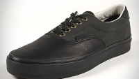 mj-390_294_the-case-for-all-black-sneakers