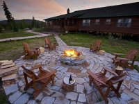 mj-390_294_the-case-for-building-a-fire-pit