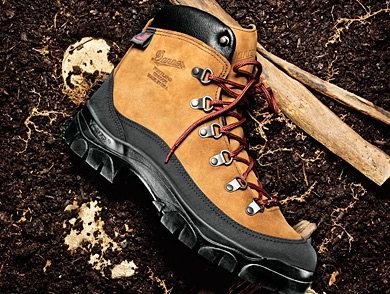 mj-390_294_the-hiker-reinvented