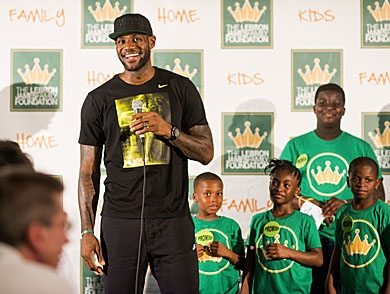 mj-390_294_the-lebron-james-diet-revealed-and-how-to-make-it-work-for-you