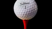 mj-390_294_the-pga-pros-ball-of-choice