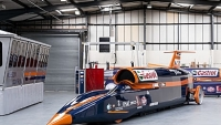 mj-390_294_the-race-to-build-the-worlds-fastest-car