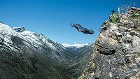 mj-390_294_the-state-of-base-jumping