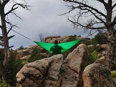 mj-390_294_the-stronger-hammock-for-any-adventure