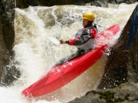 mj-390_294_the-whitewater-workout-how-a-kayak-pro-builds-core-and-arm-strength