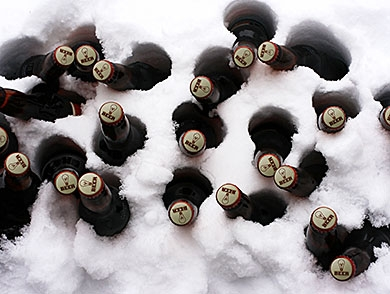 mj-390_294_the-winter-storm-survival-6-pack