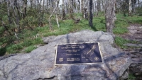 mj-390_294_the-years-most-impressive-appalachian-trail-record-heather-andersons-self-supported-hike