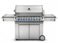 mj-390_294_this-summers-most-badass-grill
