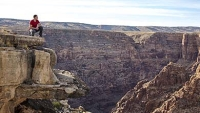 mj-390_294_tightrope-walking-the-grand-canyon