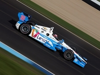 mj-390_294_tony-kanaan-prepares-for-an-indy-500-repeat