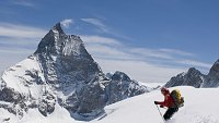 7 Reasons Skiing the Swiss Alps Is Better Than the Rockies